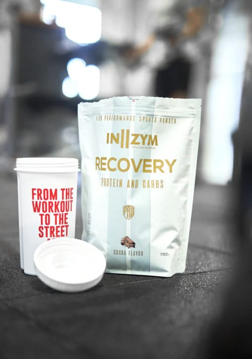 In2zym recovery protein og carbs pulver